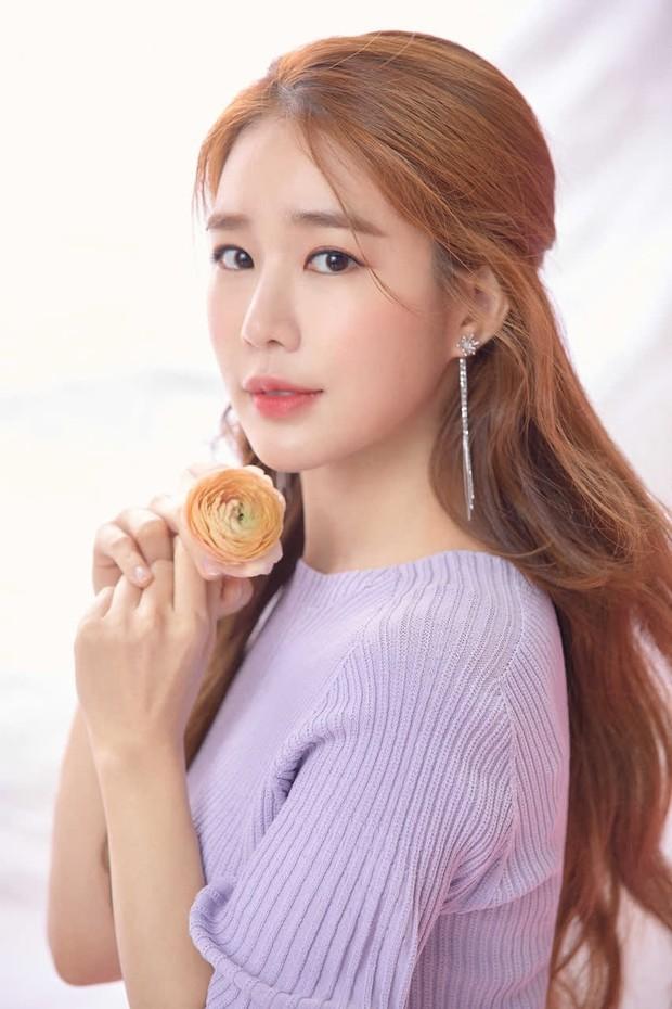 Tranh cãi BXH nữ diễn viên đẹp nhất xứ Hàn: Top 3 bị phản đối, sao nhí đè bẹp cả Song Hye Kyo, Kim Tae Hee và dàn nữ thần Kpop - Ảnh 14.