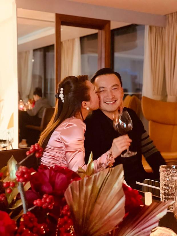 Vợ 3 kém 16 tuổi của Chi Bảo: Xinh đẹp sexy, chủ chuỗi thẩm mỹ Lavender giàu nức tiếng và thân với cả dàn sao Vbiz - Ảnh 24.