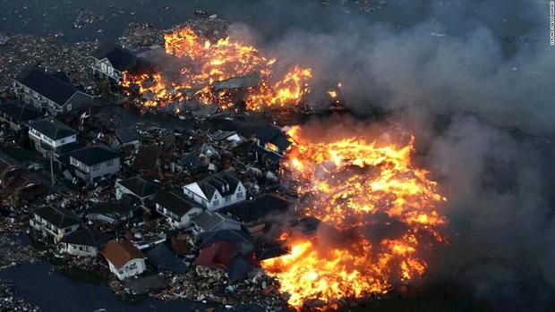 10 năm Fukushima - thảm họa chết chóc nhất lịch sử Nhật Bản: Chuyện của những người sống sót và vết thương mãi không quên - Ảnh 2.