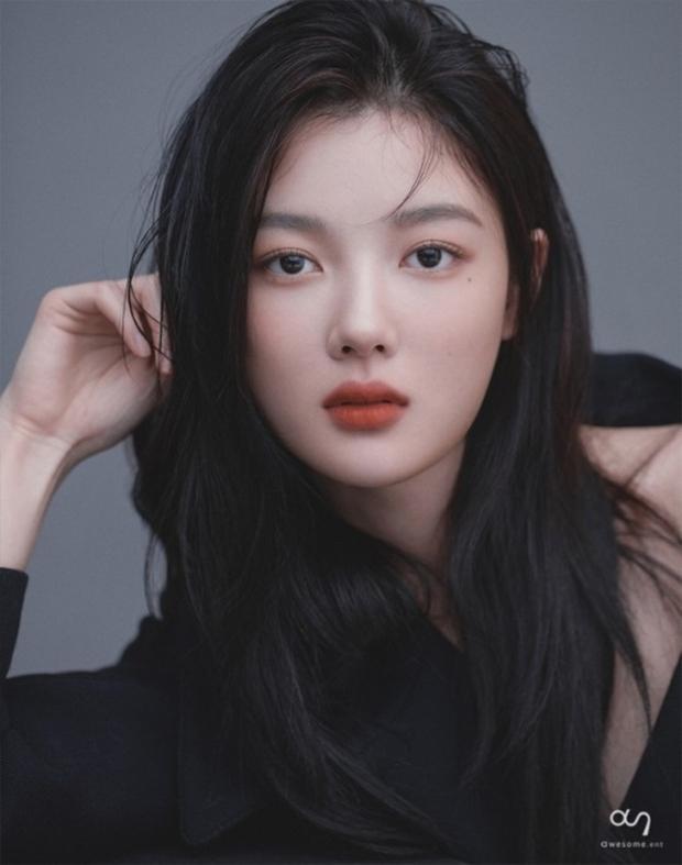 Tranh cãi BXH nữ diễn viên đẹp nhất xứ Hàn: Top 3 bị phản đối, sao nhí đè bẹp cả Song Hye Kyo, Kim Tae Hee và dàn nữ thần Kpop - Ảnh 6.
