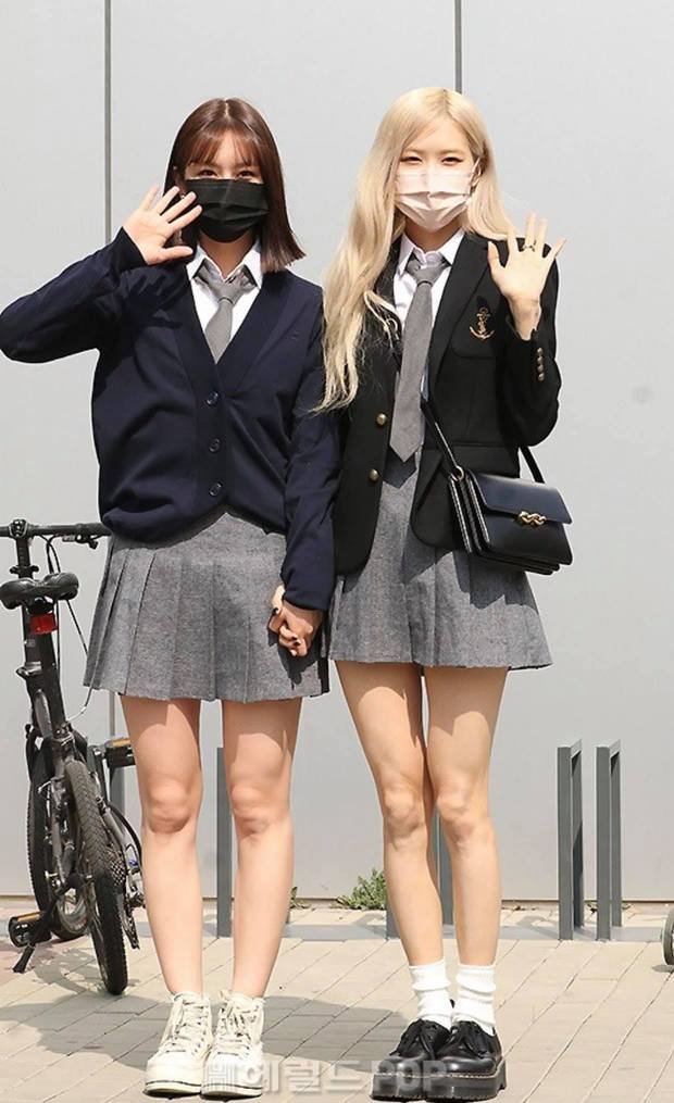 Rosé (BLACKPINK) - Hyeri gây sốt trên đường đi làm: Xinh và sang như rich kid, nhưng bị váy ngắn tố hết khuyết điểm còn đâu - Ảnh 6.