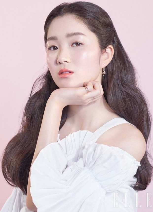 Tranh cãi BXH nữ diễn viên đẹp nhất xứ Hàn: Top 3 bị phản đối, sao nhí đè bẹp cả Song Hye Kyo, Kim Tae Hee và dàn nữ thần Kpop - Ảnh 9.