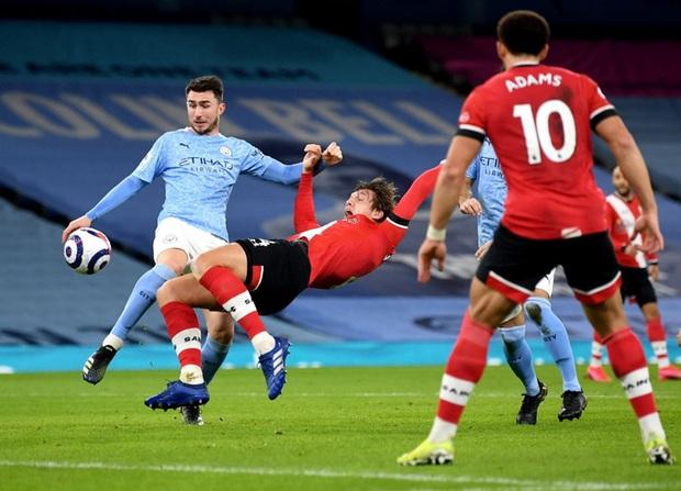 De Bruyne và Mahrez mỗi người 2 bàn, Man City huỷ diệt Southampton - Ảnh 2.