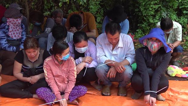 Bắt giữ nhiều hot girl đi ô tô sang trọng từ TP.HCM về Tiền Giang đánh bạc - Ảnh 3.
