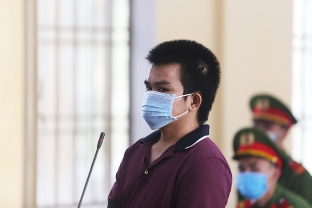 Nam thanh niên đâm chết cha ruột vì xin thuốc lá không cho - Ảnh 1.
