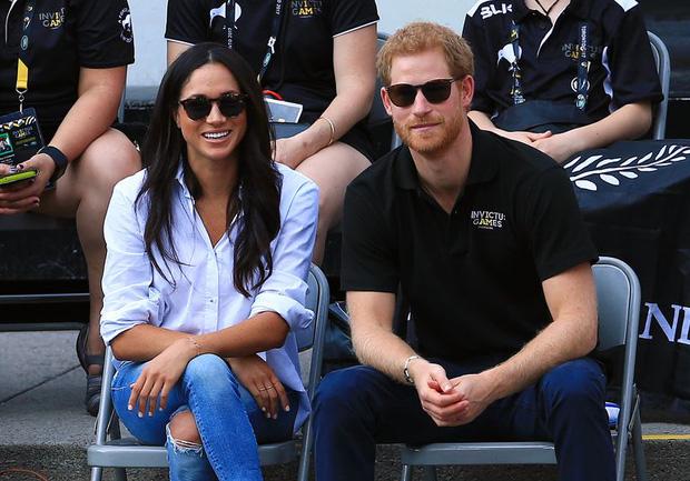 Nhìn lại loạt khoảnh khắc khó quên của Hoàng tử Harry thời còn là đứa cháu cưng của gia tộc và là niềm tự hào của Nữ hoàng Anh - Ảnh 21.