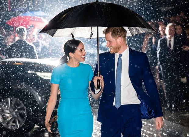 Nhìn lại loạt khoảnh khắc khó quên của Hoàng tử Harry thời còn là đứa cháu cưng của gia tộc và là niềm tự hào của Nữ hoàng Anh - Ảnh 25.