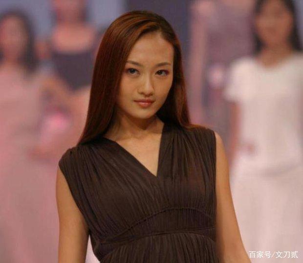 Vương Âu: Trà xanh khiến Dương Mịch ly hôn, sở thích thả thính đồng nghiệp có vợ và cái kết đắng ở ngưỡng U40 - Ảnh 4.