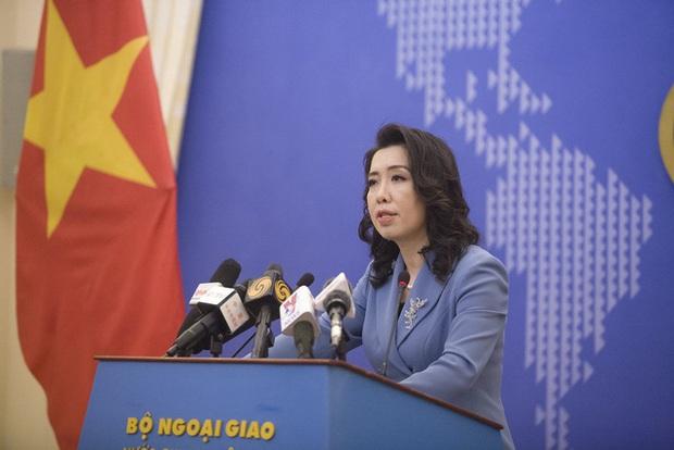 Người phát ngôn Bộ Ngoại giao lên tiếng về vụ tấn công tình dục người nước ngoài ở hồ Tây - Ảnh 1.