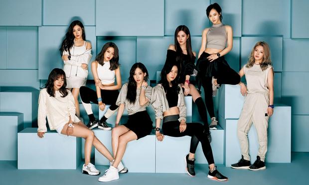 Netizen tranh cãi khi hình ảnh của Jessica thời hoạt động cùng SNSD bị che trên sóng truyền hình - Ảnh 8.