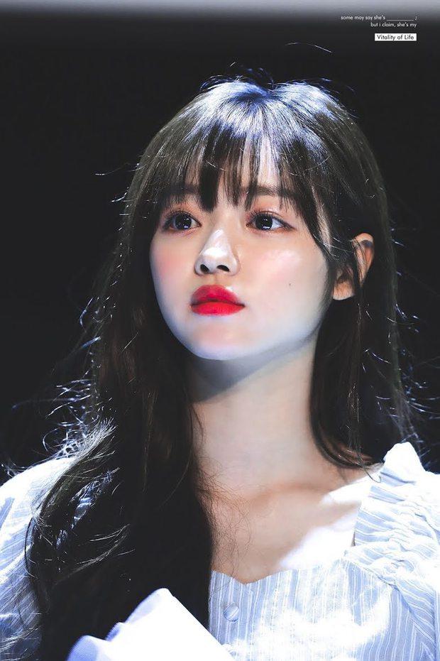 """Dàn búp bê sống của Kpop: Jisoo so kè ác liệt với nữ thần lai Nancy, """"thánh body"""" Gen Z và em út nhà JYP mắt to hiếm có - Ảnh 12."""