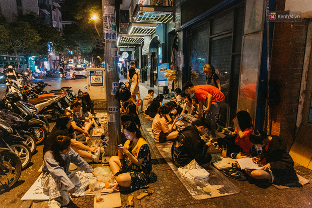 Chuyện lạ ở Sài Gòn: Khi quán xá sang chảnh cũng lép vế trước… hàng vỉa hè, nhìn 4 địa điểm dưới đây là hiểu rồi nghen! - Ảnh 8.