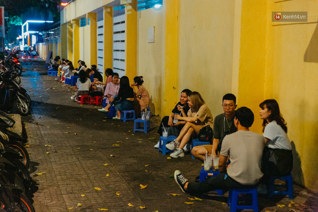 Chuyện lạ ở Sài Gòn: Khi quán xá sang chảnh cũng lép vế trước… hàng vỉa hè, nhìn 4 địa điểm dưới đây là hiểu rồi nghen! - Ảnh 18.