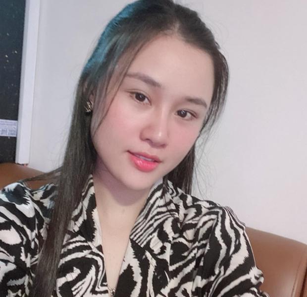 Chị gái Vân Quang Long livestream tố Linh Lan sống 2 mặt, chiêu trò với bố mẹ chồng: Em không biết thương Long - Ảnh 2.