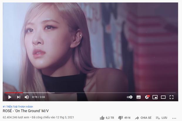 Vượt mặt Trấn Thành và bộ đôi Văn Mai Hương - Hoà Minzy, Rosé (BLACKPINK) chính thức đạt top 1 trending YouTube Việt Nam! - Ảnh 1.