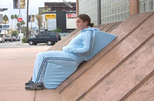 Set đồ bạ đâu nằm đấy dành cho người lười, suốt ngày thấy mệt mỏi với sóng gió cuộc đời - Ảnh 1.