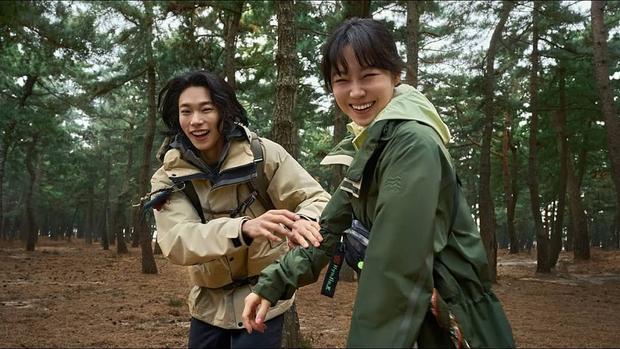 Bao năm hẹn hò, cặp đôi Ryu Jun Yeol - Hyeri đã công khai tung ảnh tình tứ? Thực hư ra sao mà fan ngã ngửa hàng loạt? - Ảnh 6.
