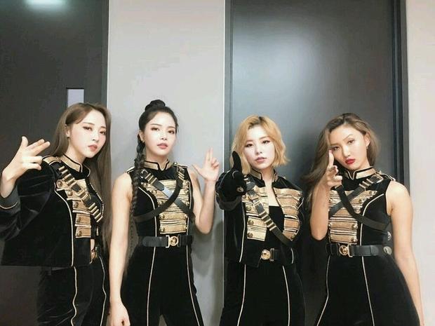 Tranh cãi top 30 girlgroup hot nhất xứ Hàn: Nhóm vô danh hồi sinh đấu tay đôi với BLACKPINK, IZ*ONE hot bất ngờ trước khi tan rã - Ảnh 6.