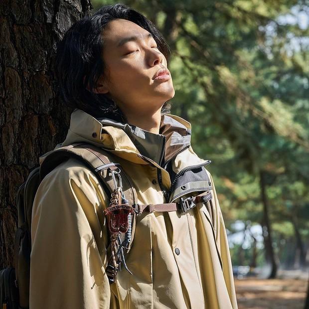Bao năm hẹn hò, cặp đôi Ryu Jun Yeol - Hyeri đã công khai tung ảnh tình tứ? Thực hư ra sao mà fan ngã ngửa hàng loạt? - Ảnh 8.