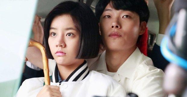 Bao năm hẹn hò, cặp đôi Ryu Jun Yeol - Hyeri đã công khai tung ảnh tình tứ? Thực hư ra sao mà fan ngã ngửa hàng loạt? - Ảnh 9.