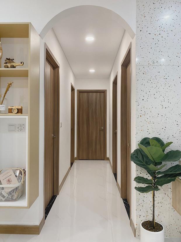 Cặp vợ chồng thiết kế nhà theo tông trắng - nâu đơn giản mà sang cực, nghe chia sẻ ý nghĩa tổ ấm là thấy ngưỡng mộ liền - Ảnh 11.