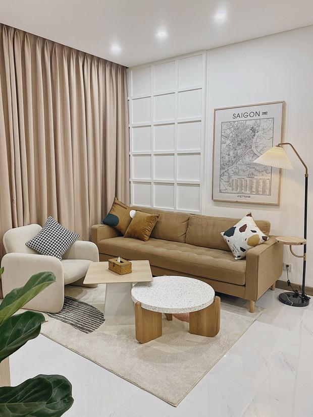 Cặp vợ chồng thiết kế nhà theo tông trắng - nâu đơn giản mà sang cực, nghe chia sẻ ý nghĩa tổ ấm là thấy ngưỡng mộ liền - Ảnh 2.