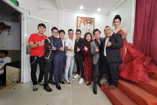 Tuấn Hưng và dàn sao tổ chức đêm nhạc tưởng nhớ Vân Quang Long, Linh Lan bỗng đăng đàn bức xúc vì yêu cầu của BTC - Ảnh 4.