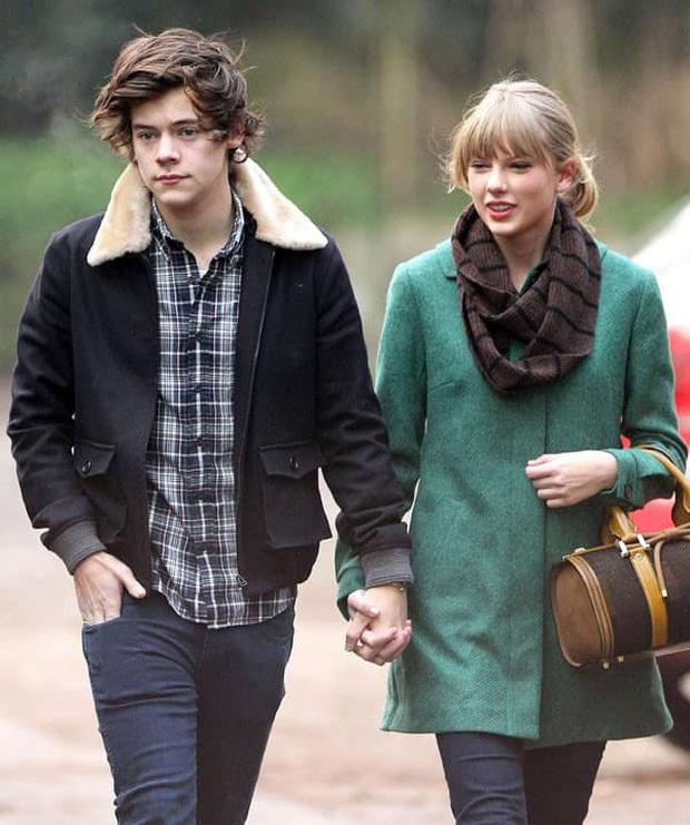 Hot nhất Grammy hôm nay: Taylor Swift chạm trán tình cũ Harry Styles, có hành động gây bão sau 8 năm chia tay - Ảnh 5.