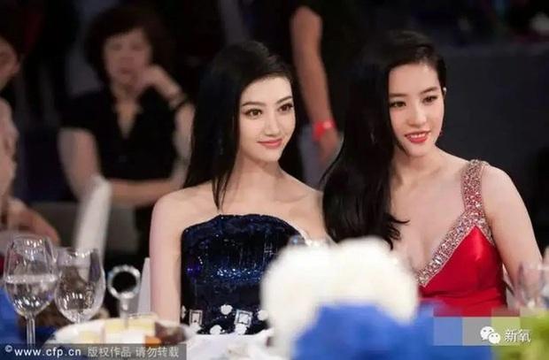 Đệ nhất mỹ nhân Bắc Kinh Cảnh Điềm: Nhan sắc chỉ thực sự tỏa sáng khi chung khung hình với Lưu Diệc Phi, Phạm Băng Băng - Ảnh 3.