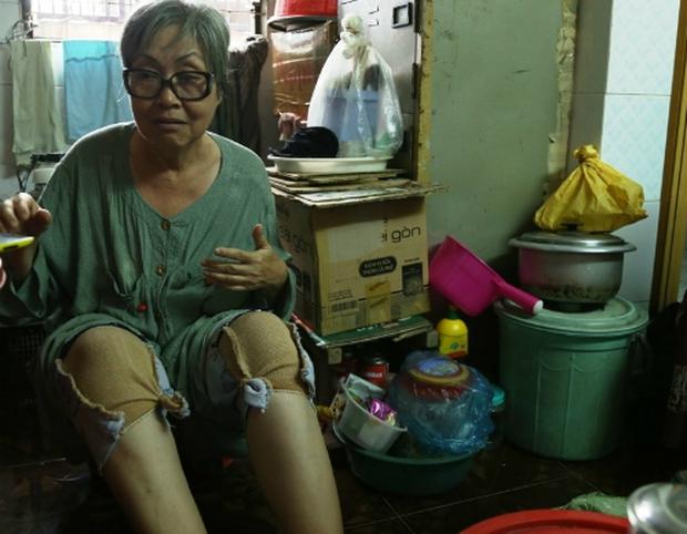xóᴛ xᴀ hoàn cảnh NS cải lương Trang Thanh Xuân 71 tuổi: Sống trong phòng trọ vỏn vẹn 6m2, bệnh tật vẫn đi bán vé số - Ảnh 7.