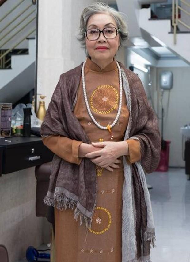 xóᴛ xᴀ hoàn cảnh NS cải lương Trang Thanh Xuân 71 tuổi: Sống trong phòng trọ vỏn vẹn 6m2, bệnh tật vẫn đi bán vé số - Ảnh 11.