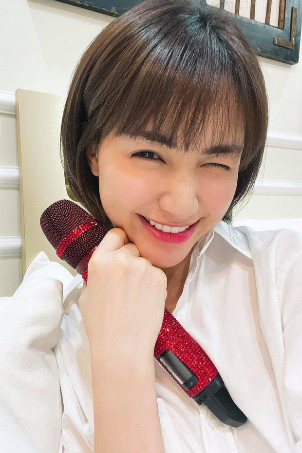 Hòa Minzy tiếp tục pass đồ, cực nhiều váy xinh giá chỉ từ 200K chị em thừa sức múc - Ảnh 1.