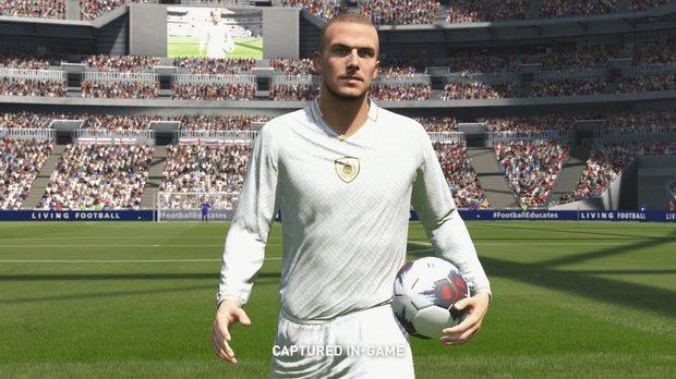 FIFA Online 4: Huyền thoại MU được tri ân với 1 mùa thẻ đặc biệt, nhưng cộng đồng lại bất ngờ phản ứng cực mạnh! - Ảnh 2.