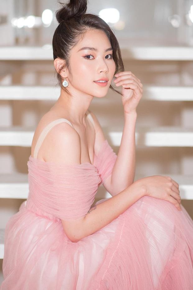 Lộ diện thí sinh đầu tiên của Hoa hậu Hoàn vũ Việt Nam 2021, ai ngờ lại là 1 sao nữ thị phi nhất nhì Vbiz - Ảnh 4.