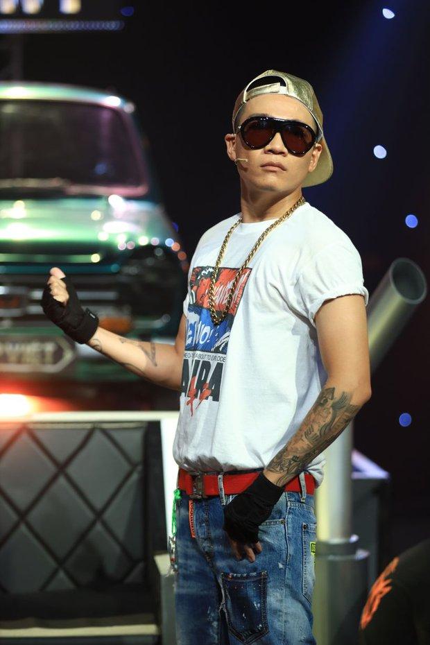 Rap Việt sắp trở lại: 1 HLV tung hint sẽ comeback ghế nóng, netizen thắc mắc có Thành Cry với nghệ sĩ hài Rhymastic, JustaTee khum? - Ảnh 4.