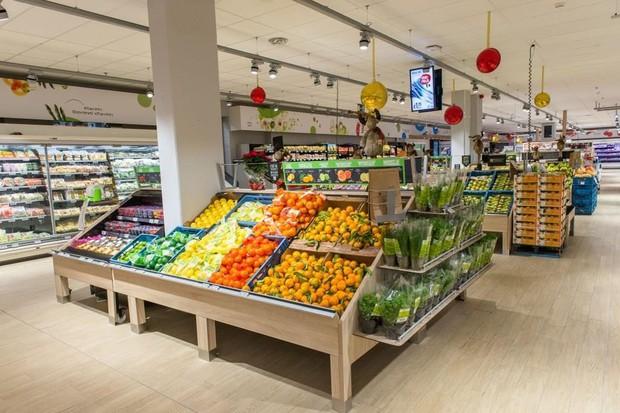 Những mánh khóe nắm bắt tâm lý khách hàng được các siêu thị sử dụng để bước chân vào là bạn tiêu nhiều tiền hơn nữa - Ảnh 3.