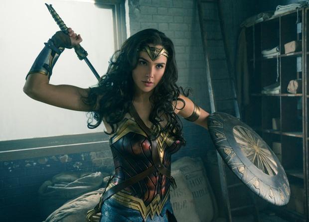 Xếp hạng bom tấn DC từ thảm họa đến siêu phẩm: Justice League bản gốc đứng thứ mấy? - Ảnh 12.