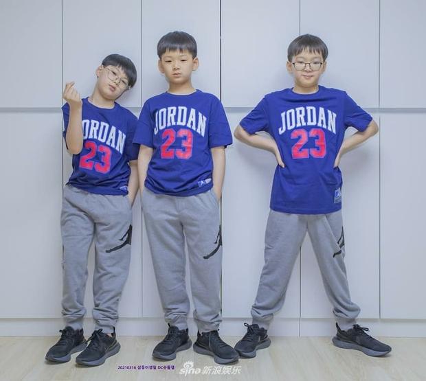 Ảnh sinh nhật 9 tuổi của Daehan - Manse - Minguk gây bất ngờ: Ba hoàng tử bé khoe chân siêu dài, visual khác hẳn ngày trước - Ảnh 4.