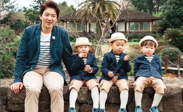 Ảnh sinh nhật 9 tuổi của Daehan - Manse - Minguk gây bất ngờ: Ba hoàng tử bé khoe chân siêu dài, visual khác hẳn ngày trước - Ảnh 9.