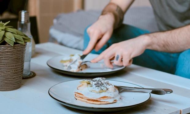 Sáng thức dậy nam giới nên tránh làm 3 việc để bảo vệ gan, nhiều người không biết lại cứ vô tư mắc phải hàng ngày - Ảnh 3.