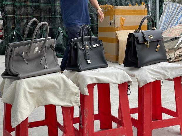 Cận cảnh kho hàng giả thương hiệu Hermès khủng nhất miền Bắc, trị giá khoảng 6 tỷ đồng - Ảnh 6.