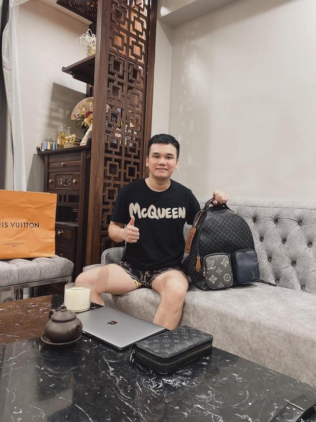 Sau nhà phố ở Hà Nội và TP.HCM, Khắc Việt tiếp tục về Hưng Yên tậu biệt thự - Ảnh 4.