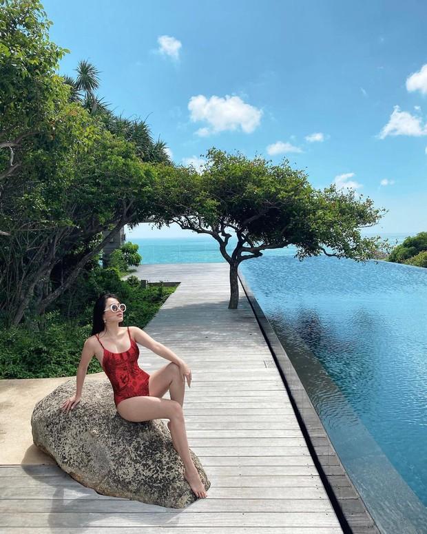 Cuộc sống giản dị của Bảo Thy gần đây: Buồn thì check-in khách sạn 5 sao, buồn hơn nữa diện bikini ra biển pose hình so deep - Ảnh 10.