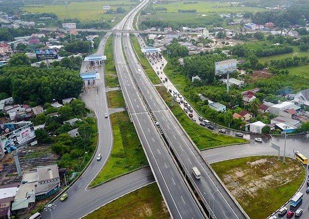 Khởi động tuyến cao tốc Dầu Giây - Liên Khương: Giờ từ Sài Gòn đi Đà Lạt chỉ còn 3 tiếng mà thôi! - Ảnh 1.