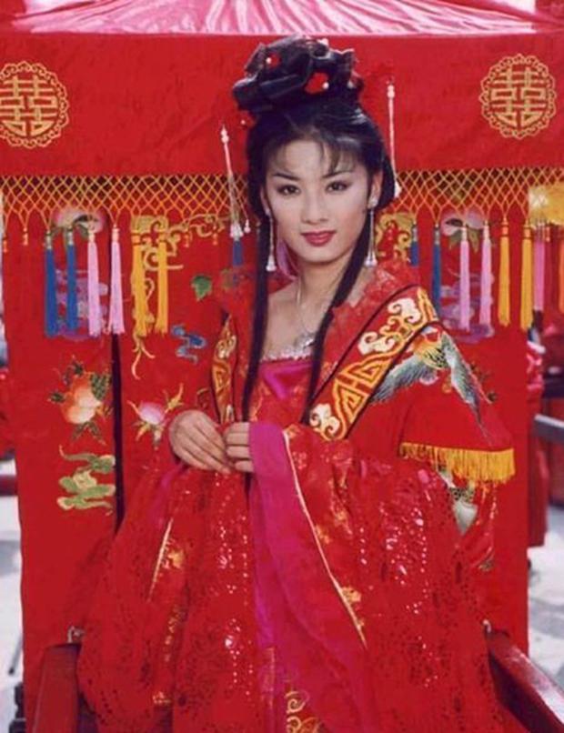 Mỹ nữ Lên Nhầm Kiệu Hoa tung bộ ảnh hoài niệm đẹp siêu thực, sau 21 năm nhan sắc thăng hạng hơn xưa! - Ảnh 10.