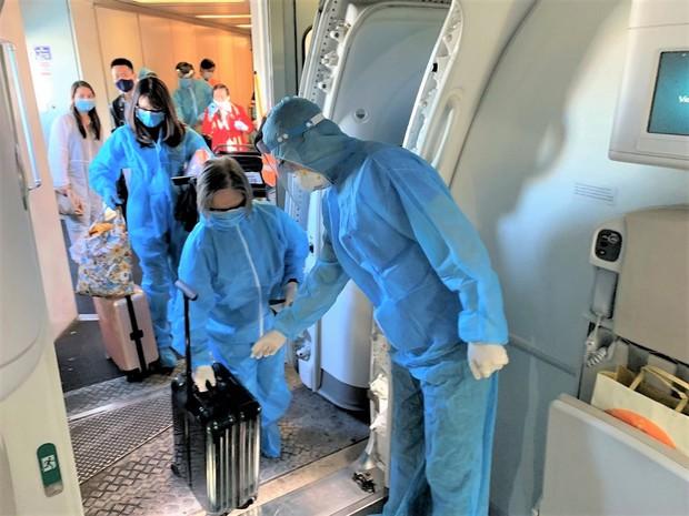 """Vietnam Airlines sẵn sàng thử nghiệm """"hộ chiếu vaccine"""" - Ảnh 2."""