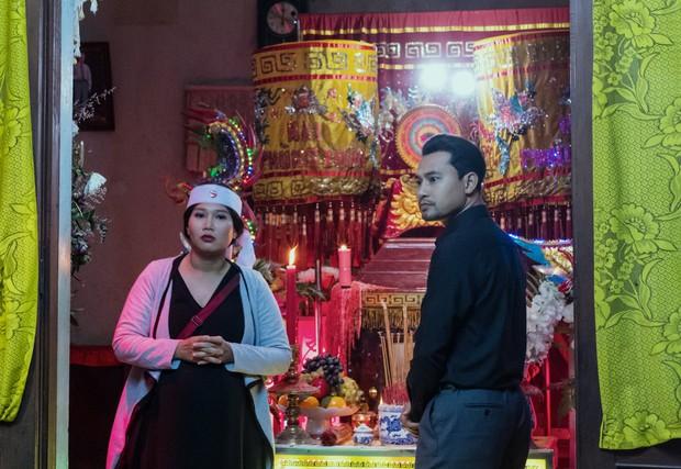Đạo diễn người Mỹ làm phim về tục ma chay của Việt Nam, nhìn ảnh đầu đã thấy drama hạnh phúc của một tang gia - Ảnh 5.