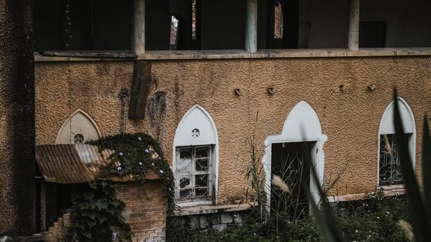 Ngôi trường bí ẩn nhất Đà Lạt: rộng 7 ha, cổ kính như trời Âu, từng khiến thí sinh Cuộc Đua Kỳ Thú sợ chết khiếp - Ảnh 8.