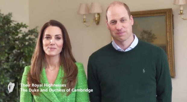 Vợ chồng Công nương Kate xuất hiện rạng rỡ trong video đặc biệt, tình hình hiện tại của Hoàng tế Philip khiến nhà Sussex phải tự vấn - Ảnh 2.