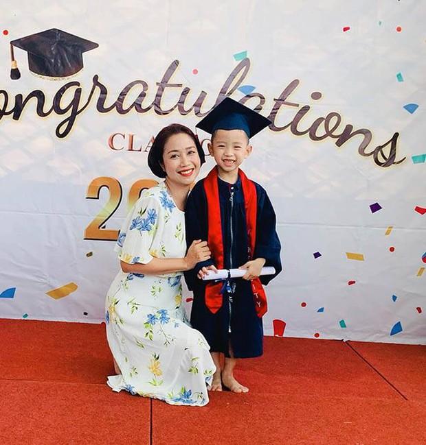 Xem Ốc Thanh Vân nuôi dạy con mà phát ham: Con gái làm điều chỉ 1% thế giới làm được, có ước mơ siêu lạ, con trai tốt nghiệp mầm non sớm trước tuổi - Ảnh 6.